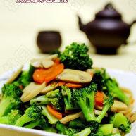 双孢菇炒西兰花