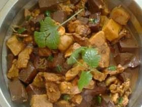 肉片猪血豆腐