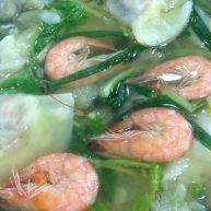 """猪饺鲜虾<span style=""""color:red"""">汤</span>"""