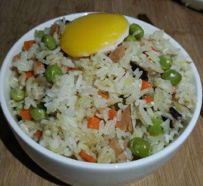电饭锅什锦焖饭