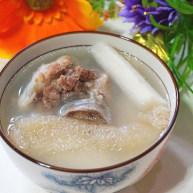 竹荪山药煲猪骨
