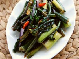 酸辣红菜苔