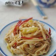 双椒炒菇丝
