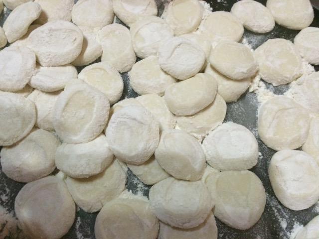 手工水饺的做法和步骤第3张图
