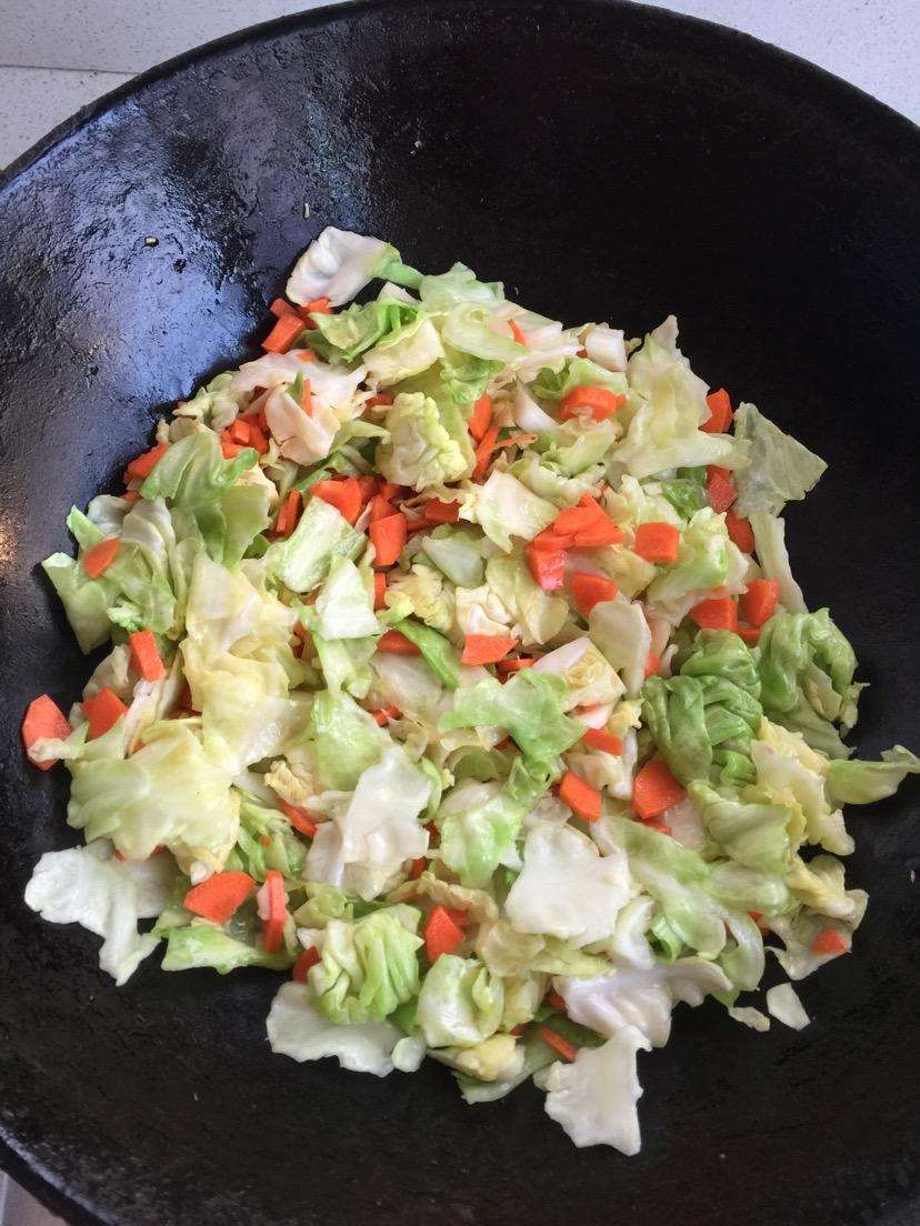 包菜炒肉丝的做法和步骤第3张图