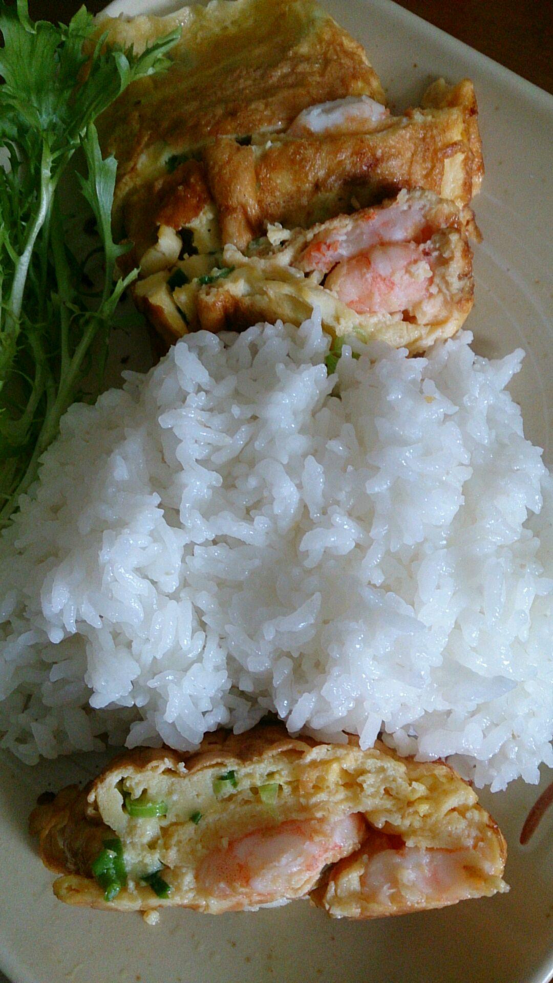 鸡蛋虾卷的做法和步骤第7张图