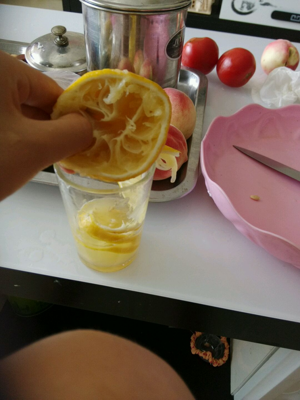 柠檬汁的做法和步骤第3张图