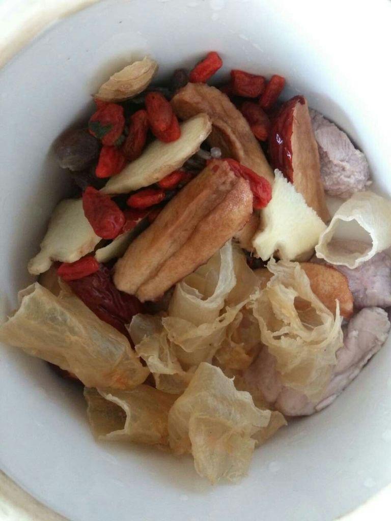 花胶瘦肉炖汤的做法和步骤第3张图