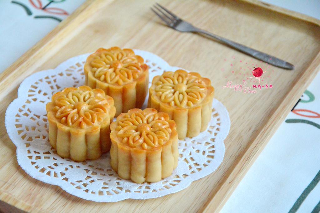 莲蓉咸蛋黄月饼的做法和步骤第25张图