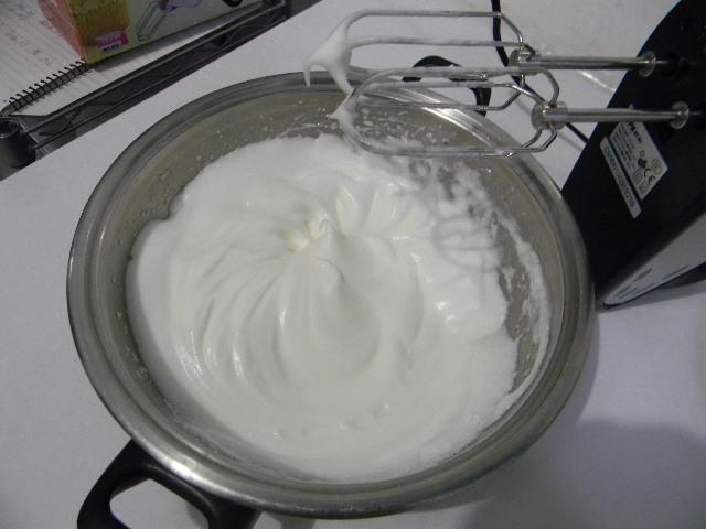 核桃沙拉波点蛋糕卷的做法和步骤第4张图