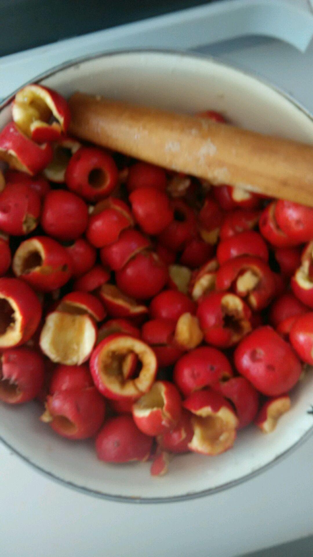 山楂果酱的做法和步骤第2张图