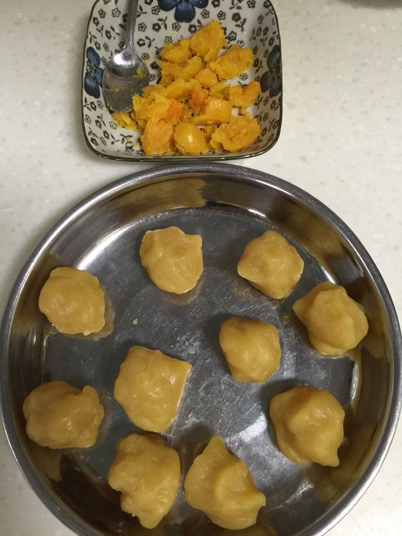 冰皮月饼的做法和步骤第1张图