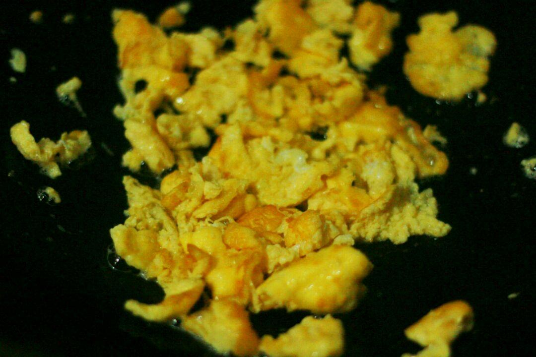 台州菜:红糖炒年糕的做法和步骤第2张图