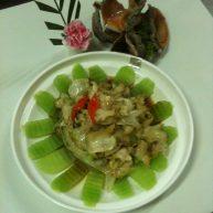 碧绿捞汁海螺
