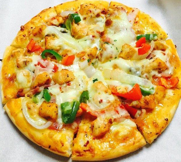 纯手工什锦披萨