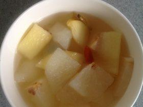 冰糖梨子苹果汤