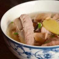 墨魚排骨湯