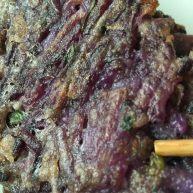 紫淮山葱香蛋饼