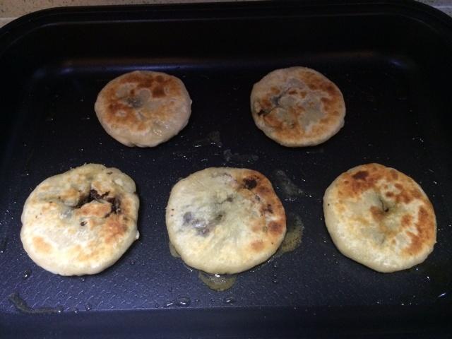 豆角肉末橄榄菜馅饼的做法和步骤第18张图