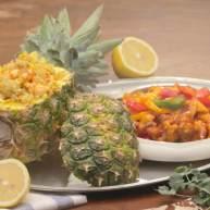菠萝饭配古老肉&东南亚炒饭