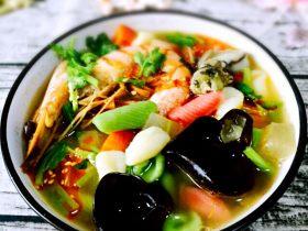 彩色肉丁、海鲜贝壳面#王氏私房菜#