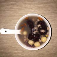 红豆薏米莲子粥