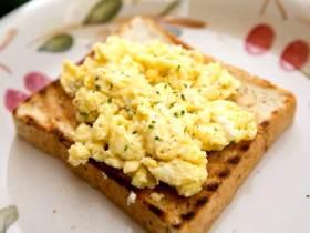 蛋蛋蛋蛋料理——奶油炒蛋