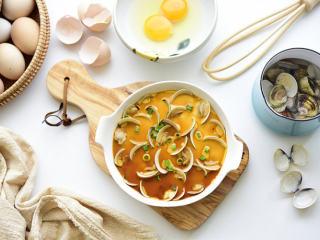 鲜味食材简单做——蛤蜊蒸蛋