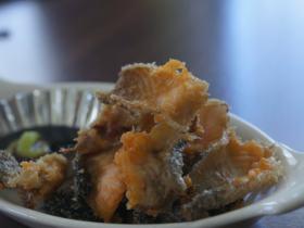 香炸三文魚皮——零食小酒好伴侶