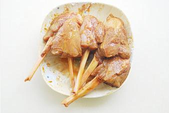 剔骨肉烤小土豆的做法和步骤第5张图