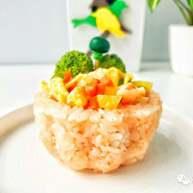 宝宝辅食:可以吃的米饭杯子