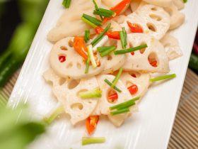 尖椒炒藕片