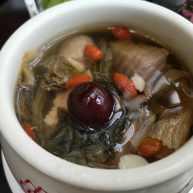 菜干杏仁片炖肉汁