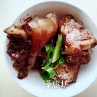 白蔻野姜红烧猪蹄