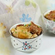 排骨板栗香焖饭