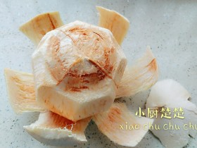 椰青炖鳄鱼肉干