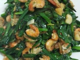 韭菜小河虾