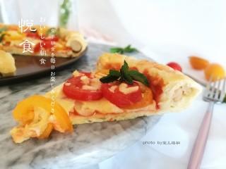 圣女果披萨,咬一口,味道好极了