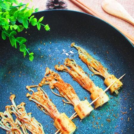豆皮卷金针菇