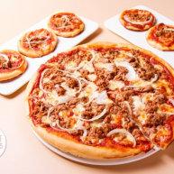 金枪鱼披萨,味道鲜美,馅料十足