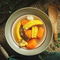 玉米须胡萝卜淮山煲猪骨