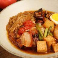 深夜食堂里的招牌菜,一道温暖人心的大锅菜