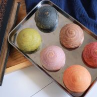 彩虹红豆酥