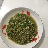 青辣椒蒜末泡豇豆