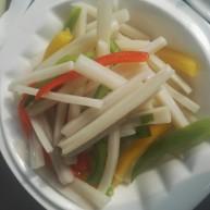 彩椒炒藕丝