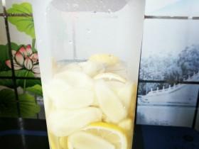 冰糖柠檬子姜酵素