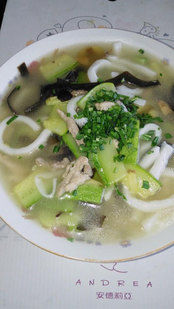 #魔芋西葫芦海带肉丝汤#(创建于10/8~2017)