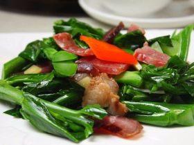 家常菜:广式风韵腊味芥兰