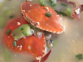 美味丝瓜蟹汤