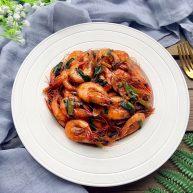 蒜香油焖基围虾